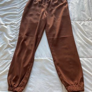 Express chocolate sinched pants